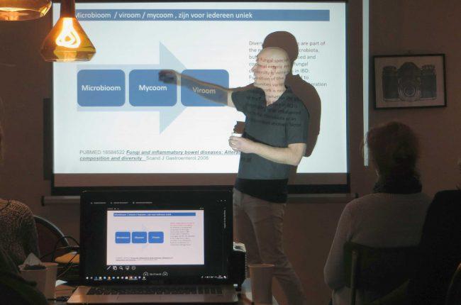 Presentatie door Robert de Vos op de Ancestral Health Meetup van 15 december 2018