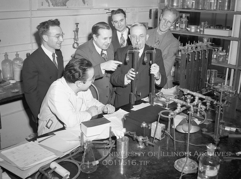 Otto Warburg op de universiteit van Illinois, 1949